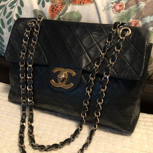 bd15781eb537 CHANEL Handbags - Vintage Chanel Maxi Flap Bag